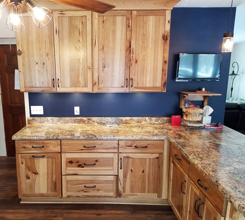 Shakertown Rustic Hickory With Honey Finish Randall Cabinets Design